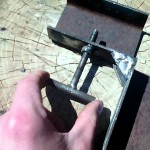 Самодельный угловой зажим для сварки